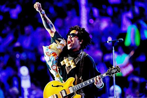 Lenny Kravitz Announces Tour