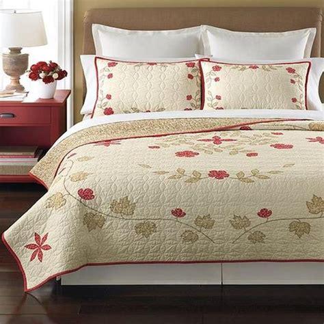 martha stewart quilts martha stewart cabin flowers reversible full queen quilt ebay