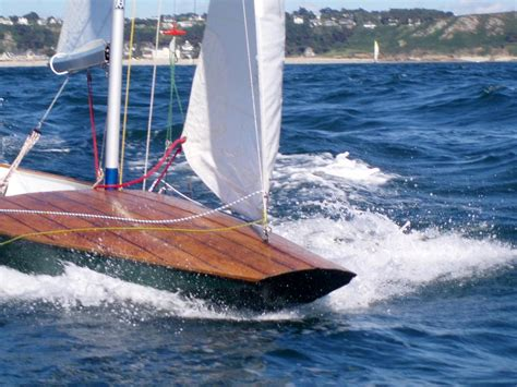 Skiff Zeilboot by Etrave 224 Marotte Du Fireball Wooden Sail Dinghy