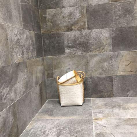 Badezimmer Fliesen Steinoptik by Die Besten 25 Fliesen Steinoptik Ideen Auf