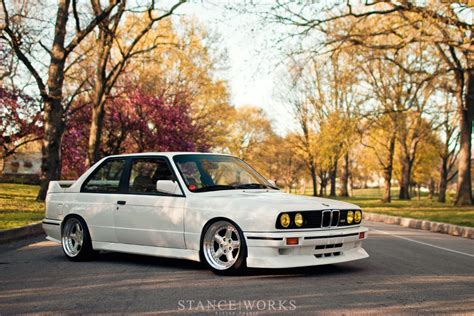 The m276 engine is related to the chrysler pentastar except for the 60 degree angle, as it was developed while chrysler was still owned by daimler ag. George Voutsinos's BMW E30 M3 | Cars & Motorcycles ...
