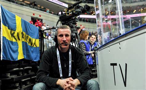Ar 20 pasaules hokeja čempionātiem objektīvā. Operators ...