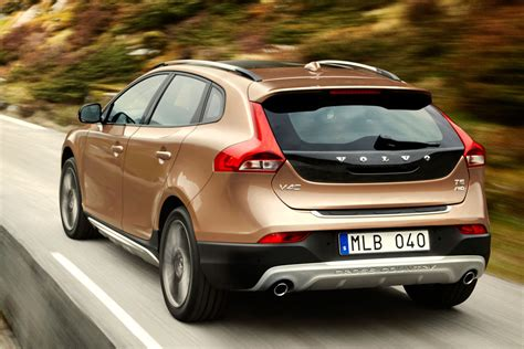volvo  cross country  pictures    cars