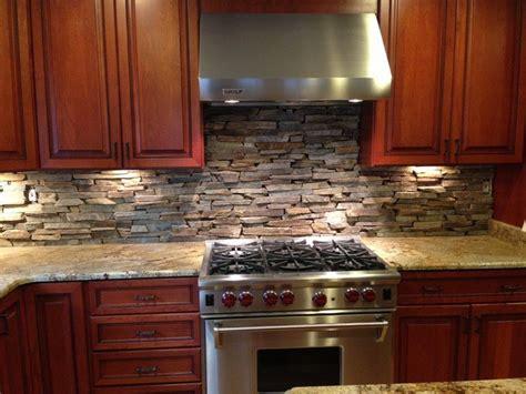 20 Kitchens With Stone Backsplash Designs