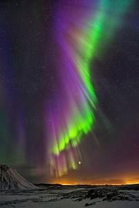 Purple Rain || Powerful northern lights over Iceland ...