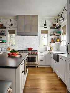 Transitional, Kitchen, With, Countertop