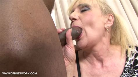 Granny Anal Fuck Wants Black Cock In Ass Interracial On Gotporn 6586875