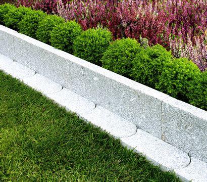 granit randsteine setzen granit beetkante grau 100 x 18 x 4 cm dehner garten center
