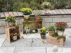 Comment Disposer Des Pots Sur Une Terrasse : mit wenig aufwand herbstliche blument pfe gestalten ~ Melissatoandfro.com Idées de Décoration