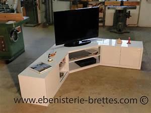 Meuble De Tele D Angle : meuble tv en angle blanc fabriqu et livr toulouse ebenisterie brettes ~ Nature-et-papiers.com Idées de Décoration