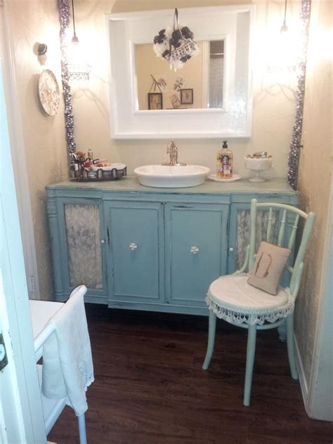 Shabby Chic Master Bathroom Ideas by 18 Savvy Bathroom Vanity Storage Ideas Bathroom Ideas