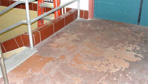 Floor Paint Vs Epoxy by Epoxy Paint Vs Epoxy Floor Coatings 187 Everlast 174 Editorial