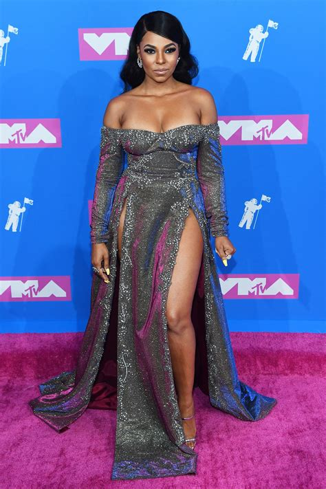 MTV VMAs 2018: Fashion—Live From the Red Carpet   Red ...