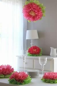 Blumen Aus Seidenpapier : blumen muttertag basteln ideen tischdeko seidenpapier lilien 1 ~ Orissabook.com Haus und Dekorationen