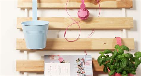 verwandle einen ikea lattenrost  einen wand organizer