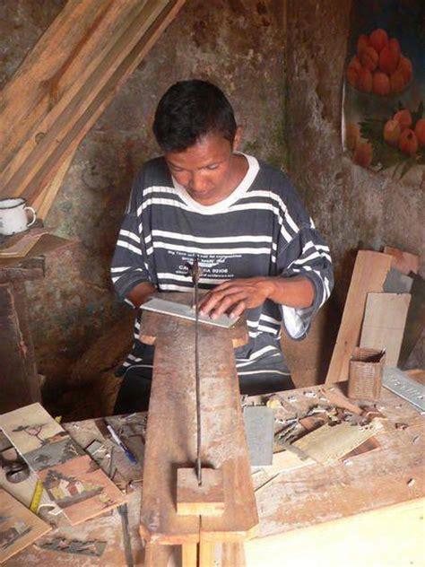 s inscrire la chambre des m tiers les auto entrepreneurs artisans doivent il s inscrire au