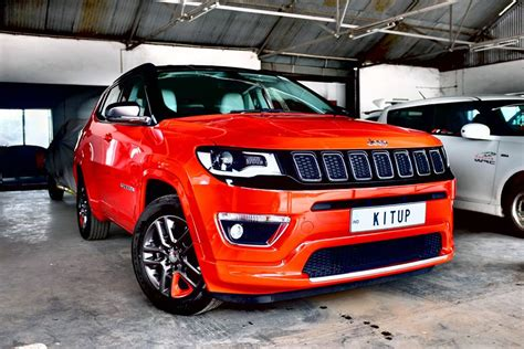 jeep srt modified kitup automotive adds an srt badge to the jeep compass
