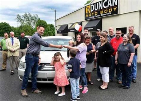 Car Donations For Single Mothers by Duncan Autobody Nabc Repair Donate Car To Single In Pa