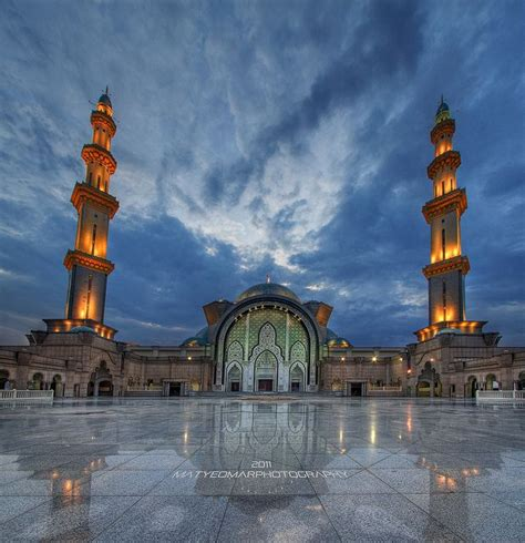 national mosque  malaysia images  pinterest