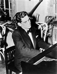 Leonard Bernstein – Arts in NYC