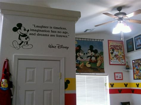 decoration mickey chambre my disney dining room disney home decor