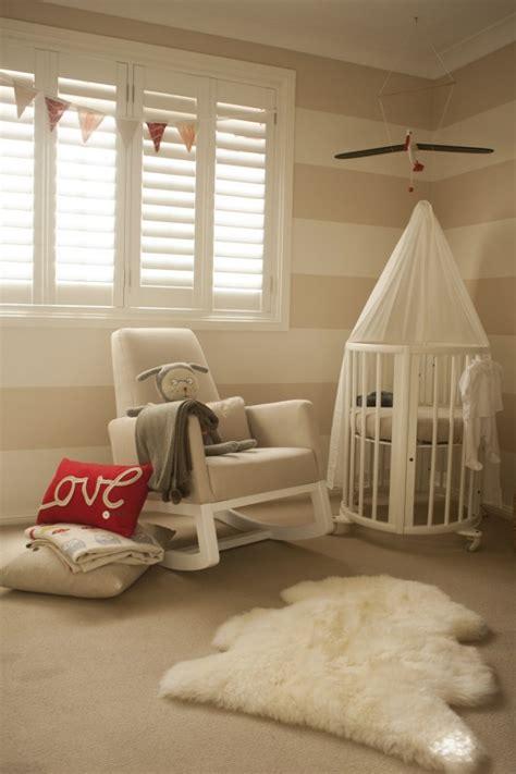 chambre bébé beige et blanc chambre de bébé mixte 25 photos inspirantes et trucs utiles