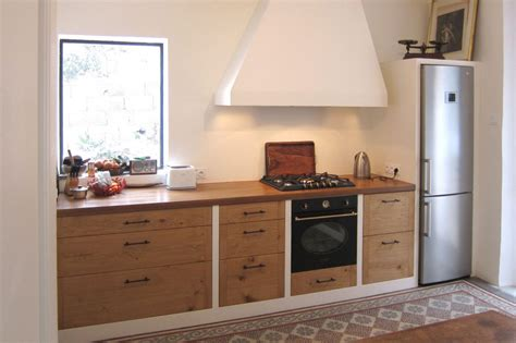 le de cuisine cuisine en chêne massif rustique hegenbart