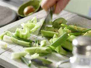 Avocado Pflanze Richtig Schneiden : kalte avocado gurken suppe rezept eat smarter ~ Lizthompson.info Haus und Dekorationen