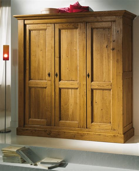 cuisine armoire salon bois chaios armoire bois pas cher armoires bois blanc licious armoires