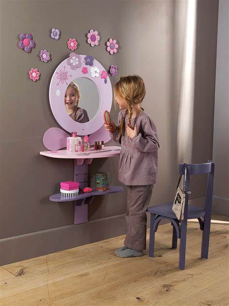 Top 3 Wall Mirrors For Kids Room