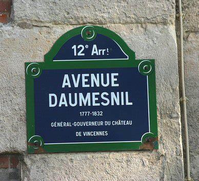 les rues de paris avenue daumesnil eme arrondissement