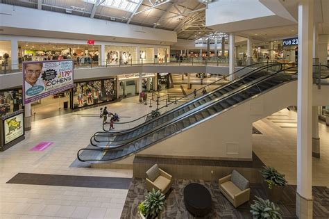 crystal mall  shopping center  waterford ct  simon property