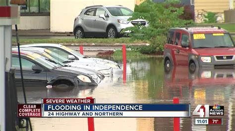 Heavy morning rain wreaks havoc on KC roadways