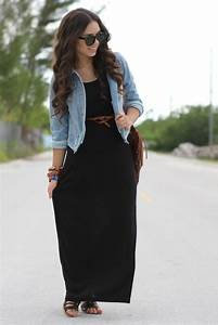 The Travelista Fashionista Outfits For Travel The Black Maxi