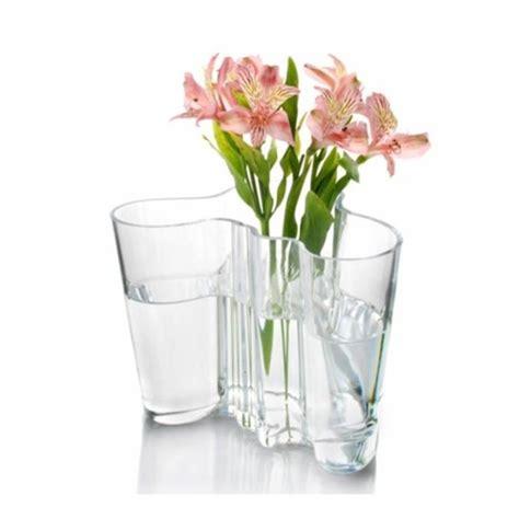 Alvar Aalto Savoy Vase by Eksturstore Alvar Aalto Savoy Vase