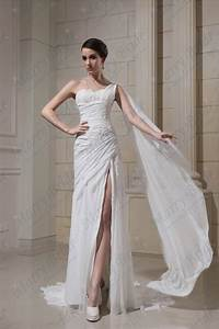 Gorgeous photos of wedding dresses with leg split sang for Wedding dress with split