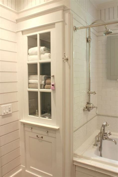 Built In Vanity Cabinets For Bathrooms by 44 Rustic Farmhouse Bathroom Ideas Shower Bathrooms