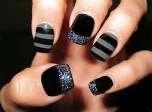 Classy black nail art designs for hot women