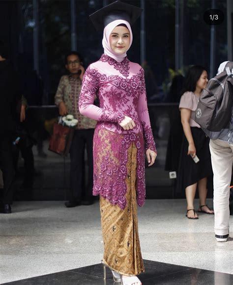 model kebaya modern wisuda muslim hijab batik kebaya