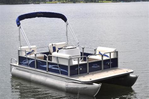 Boat Dealers Near Englewood Florida by Bentley Pontoons Boats For Sale In Englewood Florida