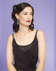 Glam Hairstyles for Short Hair