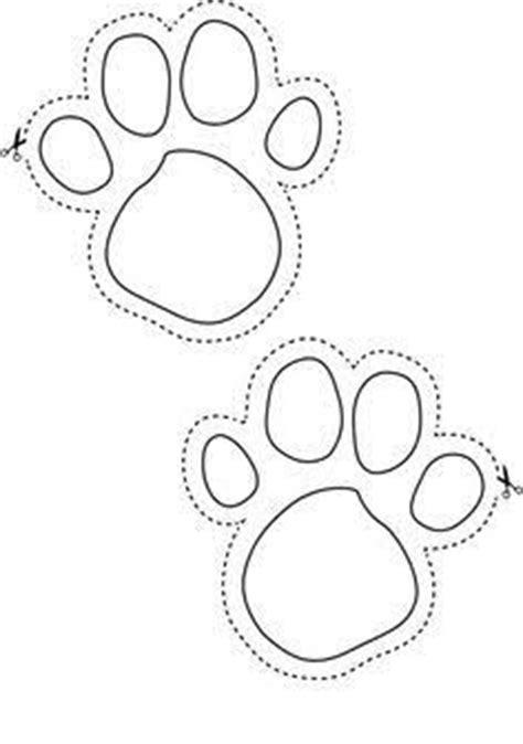 stencils collection dog stencils cat paw print
