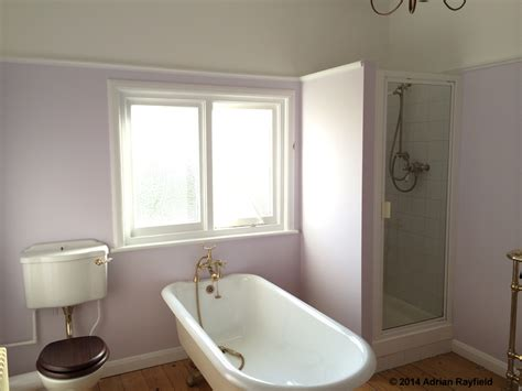 Decorating Blogs Uk - how to paint a bathroom property decorating