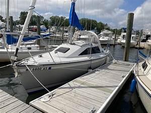 1988 O U0026 39 Day 240  U2014 For Sale  U2014 Sailboat Guide