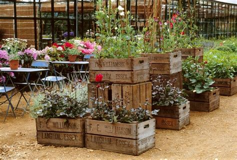 Kitchen Design Ideas 2012 - dishfunctional designs vintage wood crates upcycled repurposed