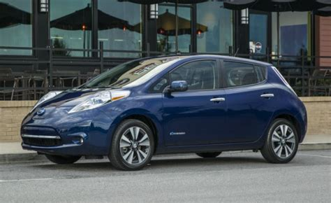 leaf real world range can a 33 000 electric car be cheaper to own than a 20 000 honda civic clublexus lexus