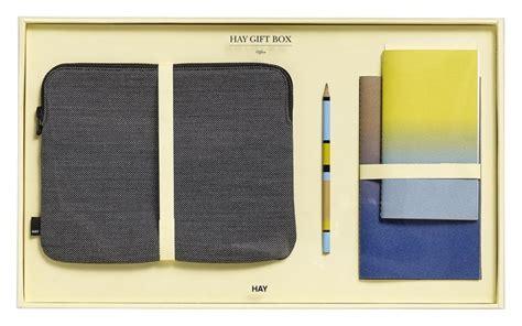 idee regalo ufficio natale 2017 idee regalo di design per lui per per