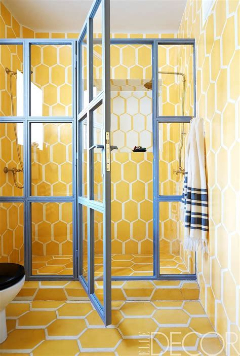 Badezimmer Fliesen Gelb by Best 25 Yellow Tile Ideas On Yellow Baths