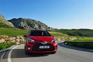 Essai Toyota Yaris Hybride : essai toyota yaris 100h hybride 2014 une mise jour ~ Gottalentnigeria.com Avis de Voitures