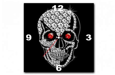 tableau horloge rock n roll tete de mort strass 30x30 cm horloges design pas cher